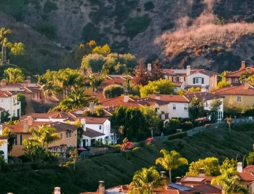 Houses on the hill in California.